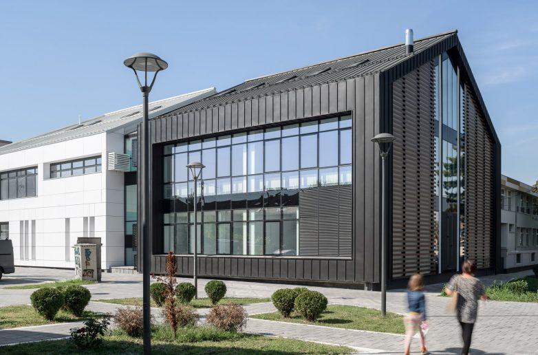 Novi objekat u kompleksu škole u centru Novih Banovaca