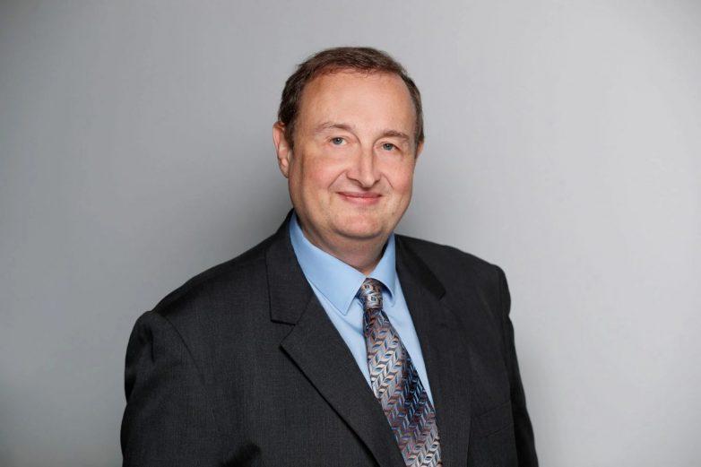 Dr Erik Frank